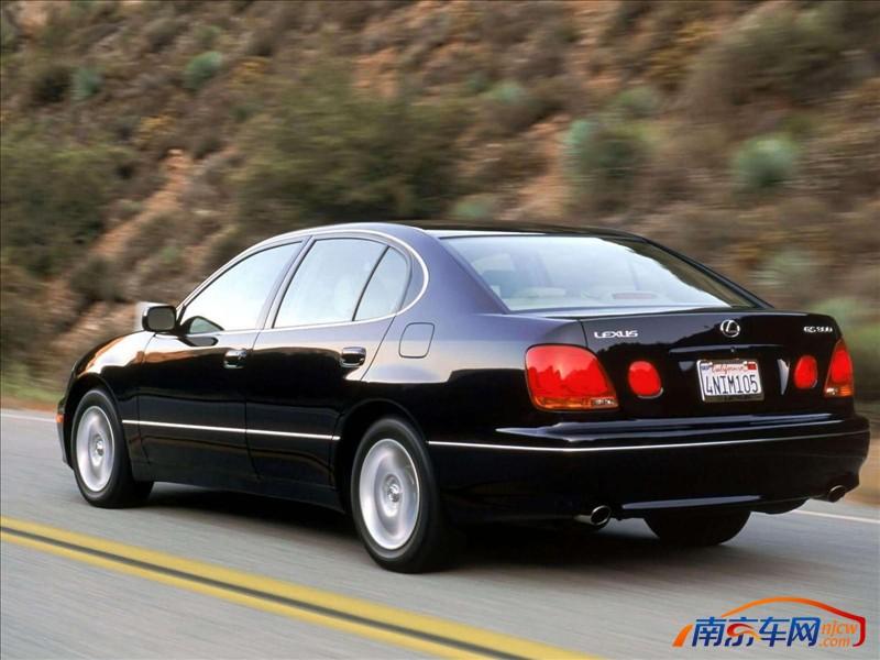 2003年1月 雷克萨斯 gs 四门轿跑 高清图片
