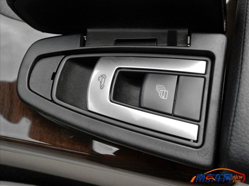 2012款梅赛德斯奔驰slk350 南京2012款梅赛德斯奔驰slk350高清图片