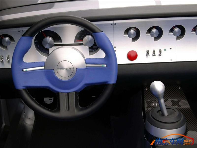 2004款福特 野马眼镜蛇shelby概念车