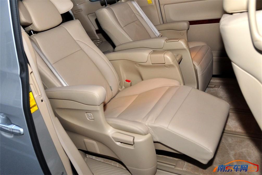 2010款丰田埃尔法 2010款丰田埃尔法 128801 埃尔法图片高清图片