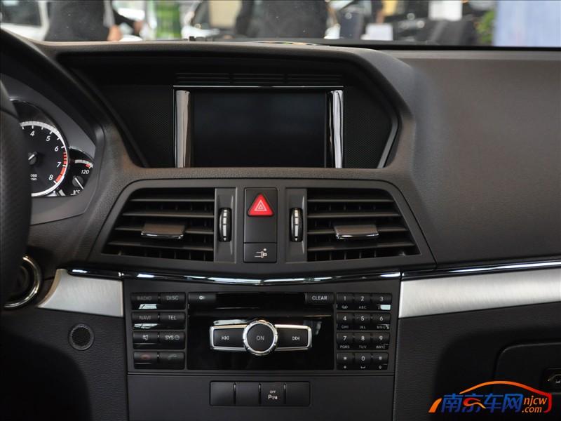 e200 coupe 中控台
