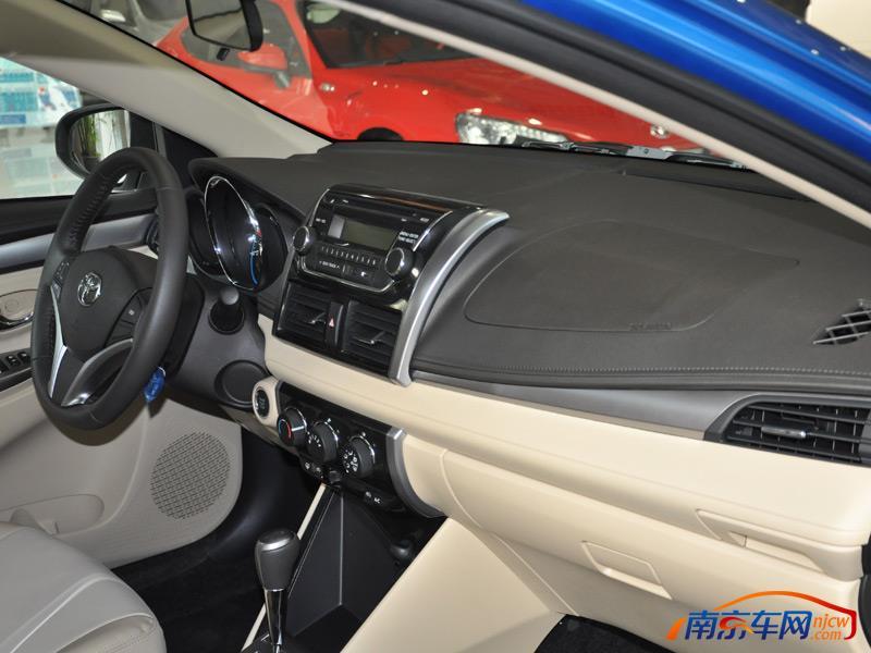 2014款 一汽丰田 威驰 中控台