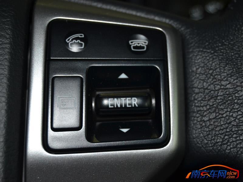 2014款 一汽丰田 普拉多 中控台