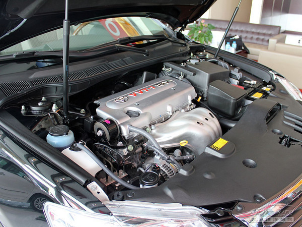 这款发动机的特点与皇冠的5gr刚好相反,是一台冲程为96mm的发动机,低