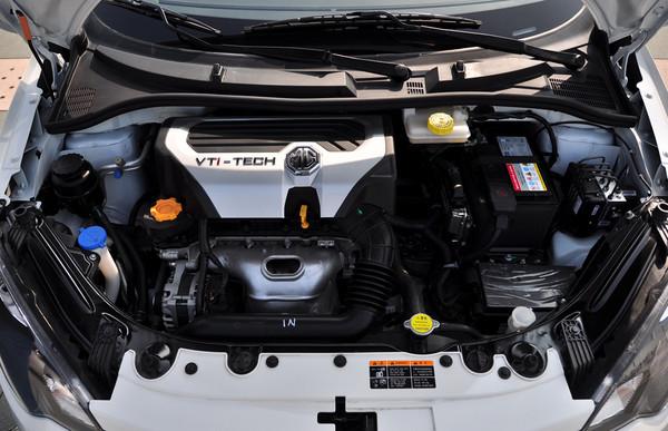 mg3汽车发动机舱图解