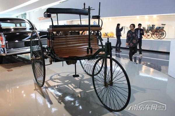 苏星车友参观上海汽车博物馆