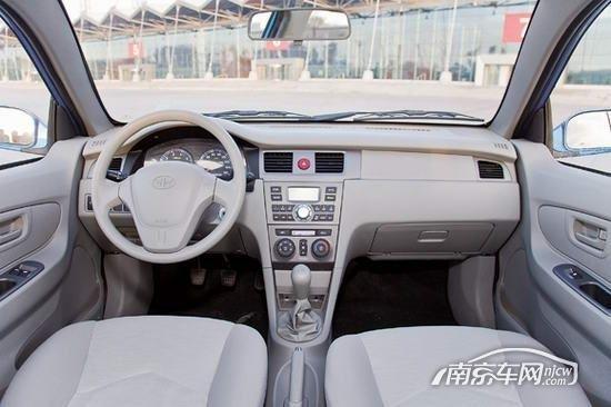 南京夏利N5改装车型有现车 享3千元补贴高清图片