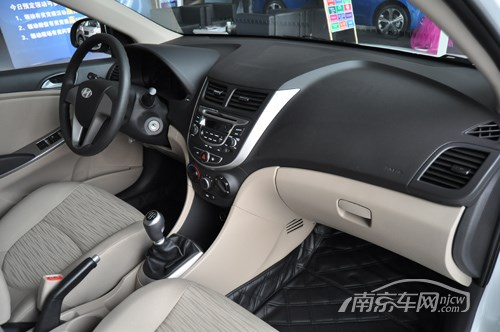 南京北京现代瑞纳有现车 全系优惠1.2万